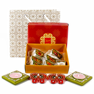 Assorted Dryfruits Sweet with Designer Pagla and 2 Diyas