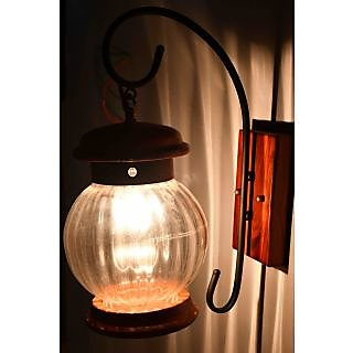 Contemporary wodden wall lamp by Lightspro