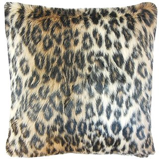 The Pillow Collection Valeska Faux Fur Pillow, 20