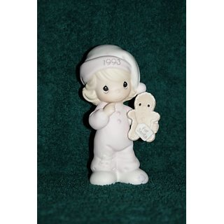 Precious Moments #530166 (Wishing You the Sweetest Christmas) Figurine