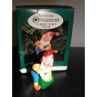 Hallmark Keepsake Ornament Collectors Club 1996 Miniature Rudolphs Helper Elf QXZ4171