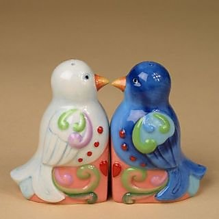Enesco 3-Inch Jim Shore Heartwood Creek Salt/Pepper, Love Birds