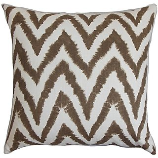 The Pillow Collection Kingspear Zigzag Pillow, Brown White