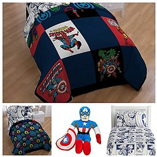 Marvel Comics Heroes Reversible Bedding Set with Pillow Buddy Toy - Twin