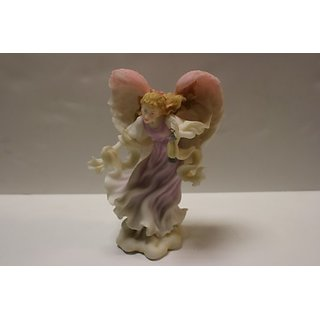 Seraphim Classics Heaven on Earth By Roman Nativity Angel Bethany Lighting the Way
