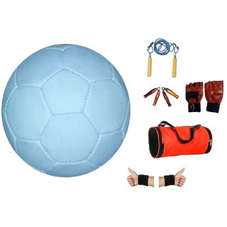 Facto Power model : (1661) BLACK AND WHITE Football in 5 no. size with S.R , H.G, W.B, G.G, D.B