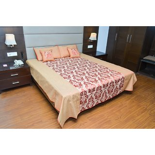 Dawn to Dusk Festive Titanic Bed Line King Size Designer Bedsheet With 2 Pillow Covers  2 Cushion Covers