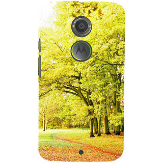 ifasho Green 3Dees with red leaves on the road Back Case Cover for Motorola MOTO X2