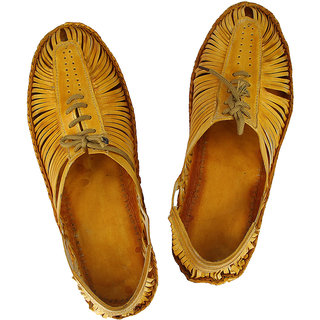 Attractive light yellow kolhapuri bantu shoe for men