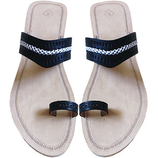 Black Kolhapuri Box Heel Ladies Chappal