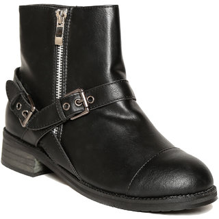 TEN Black Leather Ankle Length Boots