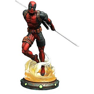 Diamond Select Toys Marvel Gallery: Deadpool PVC Figure