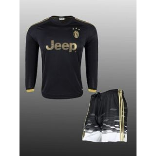 Black color Juventes football Jersey with shorts (xL)
