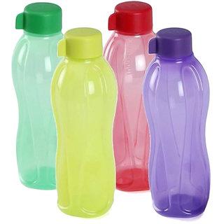 Set of 4 water bottles