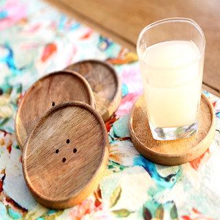Deziworkz Button shaped Wooden Coaster Set of 4
