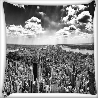 Snoogg Black And White New York City Digitally Printed Cushion Cover Pillow 16 x 16 Inch