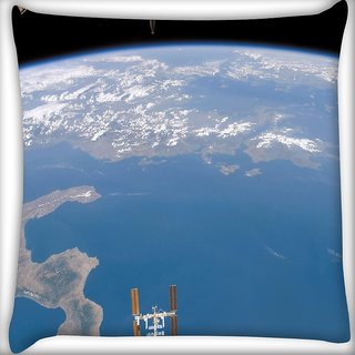 Snoogg Cyclone Digitally Printed Cushion Cover Pillow 16 x 16 Inch