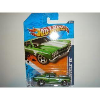 2011 Hot Wheels 70 Chevelle SS Light Green #102 244