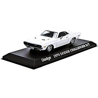 1970 Dodge Challenger R T White 1 43 by Greenlight 86301