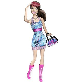 Barbie Fashionistas Sporty Doll