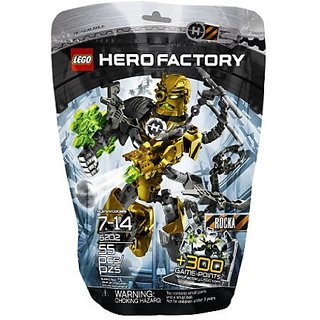 Features hero cuffs, crossbow, ammo belt with arrows, shooter, energy shield and mask with heat scope vision-Ball shoot