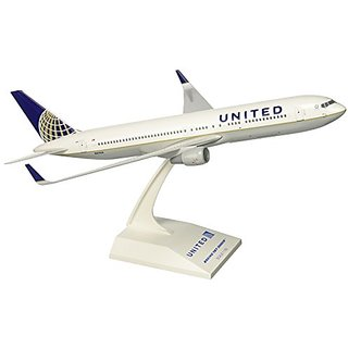 Daron Skymarks United 767-300ER Post Co Merger Liv Model Kit (1 150 Scale)