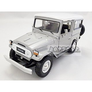 Toyota FJ40 Silver 1 24 by Motormax 79323