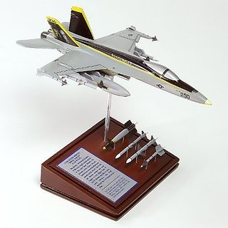 Mastercraft Collection Planes and Weapons Series Boeing F-18E SUPER HORNET USN US Navy Model Scale:1 60