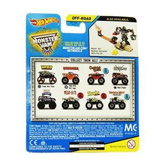 Hot Wheels Monster Jam CAPTAINS CURSE, Includes Monster Jam Figure Off Road
