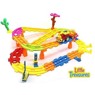 Little Treasures Childrens train set and rail park including over twenty rail road pieces, with 4 scenery pieces, a toy