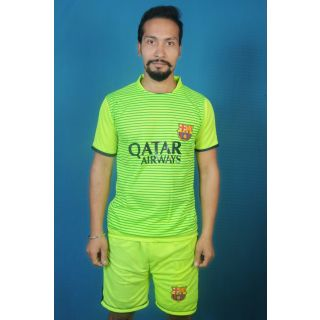 Dinnar fashion new green color foootball jersey with shorts
