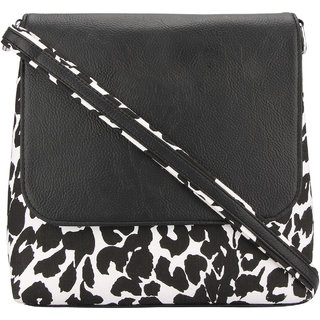 Vogue Tree Black Casual Sling Bags