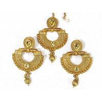 Golden Drop Stone Earring With Maang Tikka
