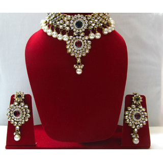 KUNDAN JEWELLERY SET IN MAROON & GREEN STONES WITH EARINGS AND MAANG TIKKA