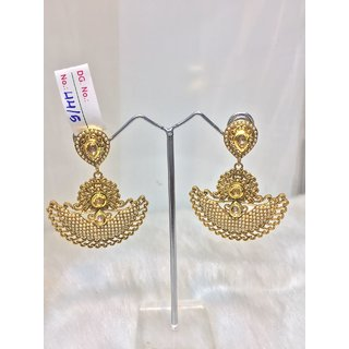 JEWELISHQ STYLISH DESIGNER GOLDEN DANLE AND DROP EARING SET.