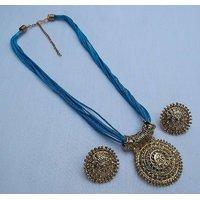 Blue thread manglasutra necklace set