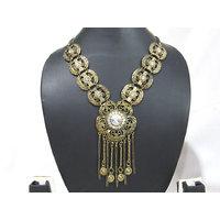 Big Floral Pendant Fancy Necklace