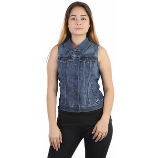 Kotty sleveless Denim jacket in blue