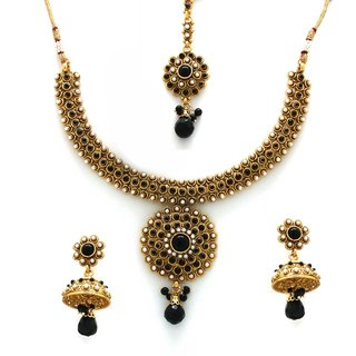 Meher Necklace Set With Maang Tika
