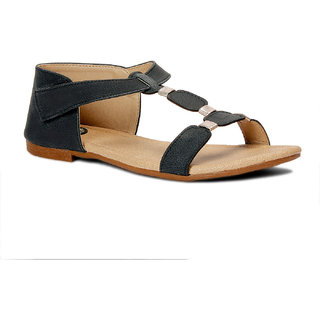 Meriggiare Women Black Velcro Flats