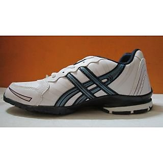 sports shoes for men in white blue coloured