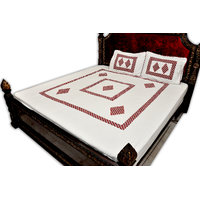 SleepSmart White &Red Printed Designer Bedsheet With Pillow Covers