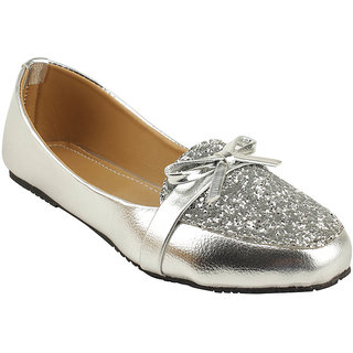Royal Indian Exposures Women Silver Casual Bellies