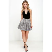 Westrobe Women Silver Sequin Mini Skirt
