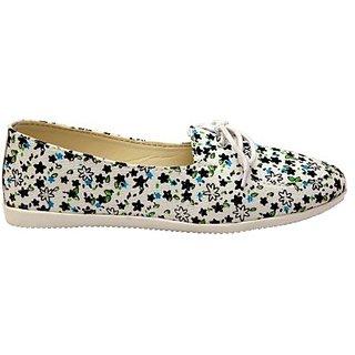 98. DenimBlackShoes
