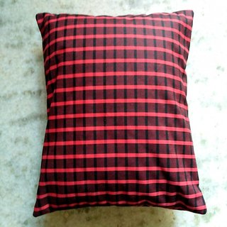 Checked 12 inch cushion cover set of 2 (red)