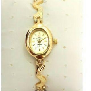 Hmt Ladies Designer Wrist Watch