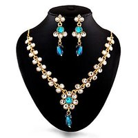 Non Plated Blue Plastic Necklace Set For Women