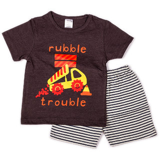 Solid dark grey t shirt with chest print stripe printed shorts