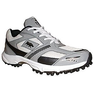 Port Mens Cooper White Gray Pvc Rubber Spike Cricket Shoes